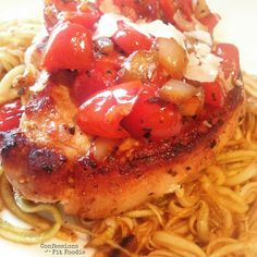 21 Day Fix Italian Pork Chops - Confessions of a Fit Foodie Clean Eating Recipes, Cooking Recipes, Healthy Eating, Ww Recipes, Dinner Recipes, Skinny Recipes, Healthy Recipes, Healthy Options, Healthy Meals