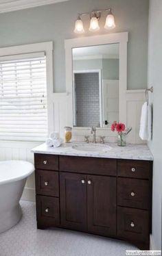 51 ideas for dark wood bathroom vanity paint Dark Vanity Bathroom, Dark Wood Bathroom, Bathroom Vanity Designs, Dark Bathrooms, Best Bathroom Vanities, Brown Bathroom, Wood Vanity, Bathroom Colors, Amazing Bathrooms
