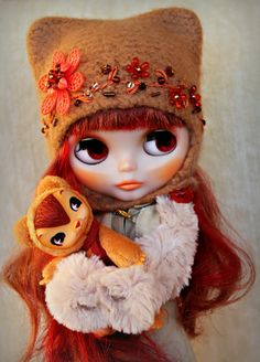 https://flic.kr/p/9fhehN | Zoo loves Retrochick! | I love Retrochick too!  I also love the cute little dear ears that many people make, as well as the pouff shoulder dress, and the bear ear helmet. Oh, I also like the extra long sleeved sweaters, of course Mary Jane shoes as well, and lets not forget the corset style dress or the maxi!  The Gnome hat is also cute as well...that many people have made.  I also refuse to be bullied by mean girls that threaten people. If you have a catty…