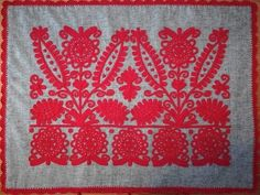 Chain Stitch Embroidery, Learn Embroidery, Embroidery Stitches, Embroidery Patterns, Hand Embroidery, Stitch Head, Last Stitch, Soutache Pattern, Braided Line