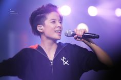 All About Amber — cre. Amber Lui, Victoria, Sulli, Purple Aesthetic, Purple Hair, Krystal, Hair Inspo, How To Look Better, Hair Cuts