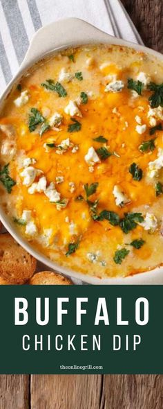 Buffalo Chicken Dip (Recipe) Need the perfect side to your tailgate and Superbowl grill-off? This buffalo chicken dip recipe is addictive, beautifully cheesy, and will be an instant crowd favorite. Vegetarian Grilling, Healthy Grilling Recipes, Tailgating Recipes, Barbecue Recipes, Cooking Recipes, Healthy Dips, Barbecue Sauce, Buffalo Chicken Nachos, Buffalo Chicken Dip Recipe