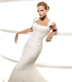 wedding dress with lace straps - Google-Suche