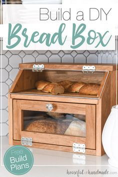 Build a beautiful DIY bread box with the Kreg Jig. This large bread box has plen., Build a beautiful DIY bread box with the Kreg Jig. This large bread box has plenty of room for multiple loaves of bread. And a pull out cutting board . Diy Simple, Easy Diy, Easy Crafts, Upcycled Crafts, Diy Wood Projects, Wood Crafts, Decor Crafts, Garden Projects, Garden Crafts