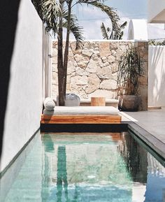 Casa Palma Villa's pool and daybed. Outdoor Pool, Outdoor Spaces, Outdoor Living, Exterior Design, Interior And Exterior, Kleiner Pool Design, Villa Pool, Courtyard Pool, Pool Landscape Design