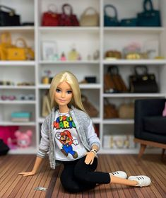 Barbie Fashionista, Barbie Model, Barbie Dolls, Fashion Sewing, Girl Fashion, Barbie Collector, Aiko, Barbie Clothes, Photo And Video