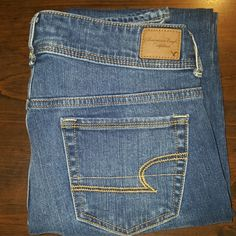 American Eagle Jeans These are American Eagle Jeans.  The style is Skinny stretch l. They are size 4 with a length of about 38.  They are in good condition with no fray.  Nice jeans for a nice price American Eagle Outfitters Jeans Skinny