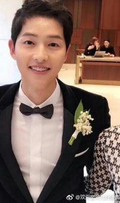 Handsome charming groom ♥️♥️ All Korean Drama, Korean Drama Series, Song Joong Ki Birthday, Soon Joong Ki, Korean Actors, Korean Dramas, Sun Song, Sungkyunkwan Scandal, Songsong Couple