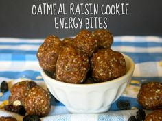 Oatmeal Raisin Cookie Energy Bites - 50 calories each no added sugar gluten free dairy free raw & vegan! Energy Snacks, Energy Bites, Healthy Snack Options, Healthy Snacks, Clean Recipes, Whole Food Recipes, Free Recipes, Daniel Fast Recipes, Vegan Oatmeal