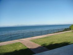 Paseo Del Mar