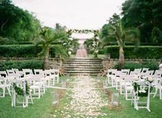 @Alexandra Hansen Bahamas Wedding from Justin DeMutiis Photography  Read more - http://www.stylemepretty.com/2013/04/08/bahamas-wedding-from-justin-demutiis-photography/