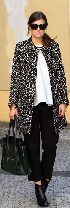 Make A #statement with an animal print swing coat! Love love love