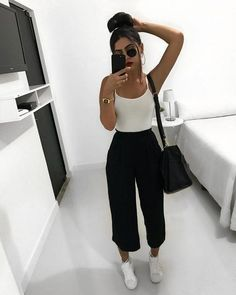 109 simple spring outfits with jeans & sneakers for everyday style – page 1 Sporty Outfits, Casual Summer Outfits, Simple Outfits, Stylish Outfits, Spring Outfits, Green Outfits, Outfits Hombre, Teenage Outfits, Teen Fashion Outfits