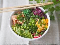 Mintun Poke Bowl - Go 4 it vol. Poke Bowl, Tofu, Sprouts, Sushi, Food And Drink, Vegetables, Vegetable Recipes, Veggies, Sushi Rolls