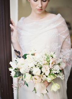 A Soft, Romantic Bouquet via oncewed.com #wedding #bride #charleston #elegant #bouquet #hellebore #blush #spring