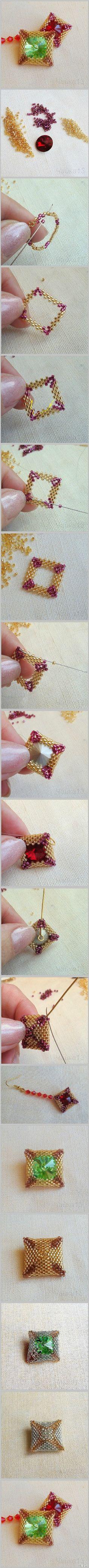 #弧面编织#←关键词。之前介绍过圆形、水滴形的串珠包裹宝石技法,这次来看看如何做方形的轮廓。其实串法都大差不差,不过细微处多个少个珠子很明显的,所以要严格贴合宝石的形状来串哦,时不时把宝石放进去比对一下。最后的收口步骤很多人不明白,一个最简单的方法,就是采用更小一号的珠子串一圈啦!