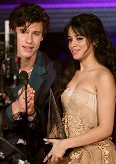 Shawn Mendes Kissing, Camila Cabello, Kisses