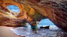 Praia de Benagil, Lagoa. Algarve, Portugal