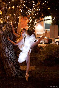 Dancer - Caroline Echerd.    Become a fan of Ballet Zaida on Facebook. http://facebook.com/balletzaida    © 2012 Oliver Endahl