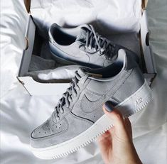 cheap for discount 4f49f 0a6f2 Sneakers addict   grey Nike Air Force One  3 shoes trends, athleisure style,