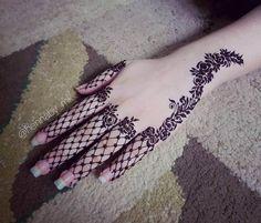 Mehndi henna design for hand by @hennaby_mk