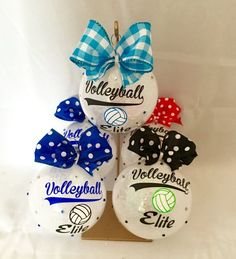 Christmas ornament, Personalized Christmas ornament, Volleyball, Personalized volleyball ornament, t Volleyball Locker Decorations, Volleyball Crafts, Volleyball Team Gifts, Volleyball Party, Coaching Volleyball, Volleyball Ideas, Volleyball Drills, Volleyball Quotes, Softball Players