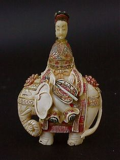 Chinese carved Ivory snuff bottle Elephant and Empress. Pre 1920.