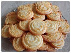 Sajtos tekercs | Betty hobbi konyhája Hungarian Recipes, Hungarian Food, Healthy Nutrition, Diy Food, Cake Cookies, Food Videos, Baked Goods, Cookie Recipes, Yummy Food