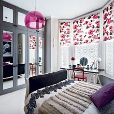 Modern floral bedroom pinned onto Home Decoration Board in Home Decoration Category Dream Rooms, Dream Bedroom, Home Bedroom, Bedroom Decor, Design Bedroom, Girls Bedroom, Modern Bedroom, Bedroom Ideas, My New Room