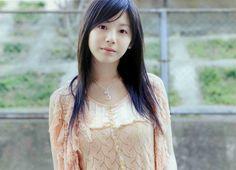 Wallpapers for Apple - iPhone, iPad, iMac and Macbooks! Sweet Girls, Cute Girls, Pretty Girls, Asian Cute, Asia Girl, Girl Model, Cute Woman, Japanese Girl, Asian Woman