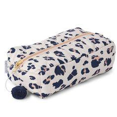 Commandez dès maintenant la Trousse de toilette Leopard Beige Beauty LIEWOOD  l little-home.fr Découvrez les accessoires de toilette femmes, ... a264875500f