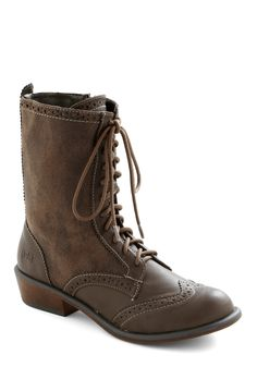 Tips for Travel Boot - Low, Solid, Menswear Inspired, Lace Up, Brown