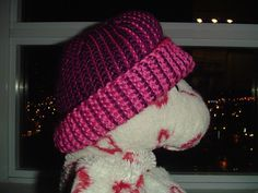 Cro-hook Hat, with short rows.  (double-ended crochet hook) free pattern