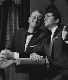 The Dean Martin Show - Guest John Wayne sings a song with Dean Martin
