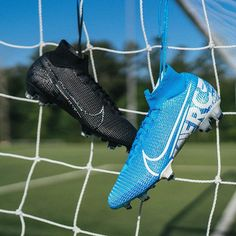 Nike Football Boots, Nike Boots, Soccer Shoes, Soccer Cleats, Custom Football Cleats, Nike Mercurial Superfly, Football Equipment, Soccer Pictures, Boots Store