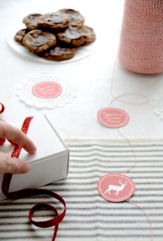 free printable tags for the holidays from creature comforts
