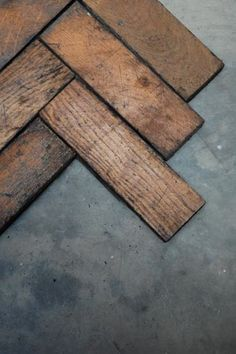 Check out the Reclaimed Oak Parquet Flooring in Tile & Countertop from for Oak Parquet Flooring, Kitchen Flooring, Parkay Flooring, Reclaimed Furniture, Refinished Furniture, Pipe Furniture, Furniture Vintage, Industrial Furniture, Vintage Industrial