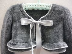 Diary Irina_Repeynik: LiveInternet - Russian Service of Online Diaries Knitting For Kids, Baby Knitting Patterns, Crochet For Kids, Baby Patterns, Knit Crochet, Knitted Baby Clothes, Crochet Clothes, Baby Cardigan, Baby Sweaters
