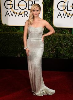 Reese Witherspoon stuns in a silver gown at the 2015 Golden Globe Awards
