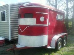 2 Horse Bumper Pull Trailer looks like my first horse trailer a Miley