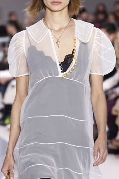 Chloé Fall 2017 Ready-to-Wear Accessories Photos - Vogue