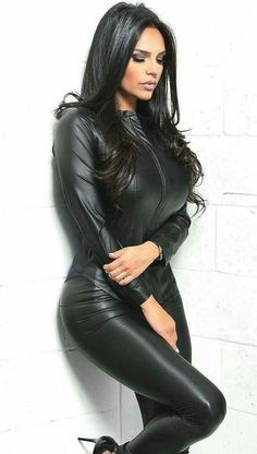 Mode Latex, Looks Pinterest, Leder Outfits, Look Fashion, Womens Fashion, Elegantes Outfit, Mannequins, Leather Fashion, Sexy Outfits