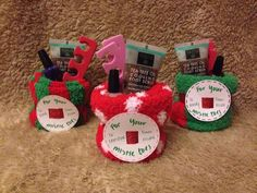 Ideas for diy gifts for coworkers co workers nail polish christmas gifts for coworkers Ideas for diy gifts for coworkers co workers nail polish christmas gifts for coworkers Idea Christmas Gifts For Friends, Teacher Christmas Gifts, Homemade Christmas Gifts, Homemade Gifts, Co Worker Gifts Christmas, Simple Christmas Gifts, Christmas Stocking, Diy Xmas Gifts For Coworkers, Handmade Christmas