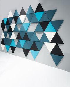 Bits wall can be freely combined to create different pattern formations. Using a triangular shape not only produces an aesthetically attractive look, but also effectively breaks the sound waves, which makes a better acoustic environment. The product is mounted on the wall by using hidden hanging rails,allowing the panels to be hung either horizontally or …