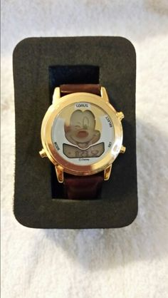 Mickey Mouse clown watch