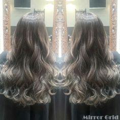 #Haircolor #Ombre #highlights #ash #gray #grayge #longhair #sombre #balayage #ヘアカラー #グラデーション #バレイヤージュ #ハイライト #アッシュ #くすみ #グレージュ #グレー #ソンブレ #hitomiyanagida #Welina #Hairsalon