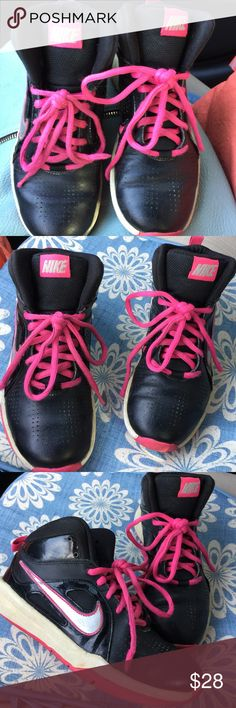 Nike Girl's shoe size 3.5. Gorgeous Nike pink and black color.great condition. Nike Shoes Sneakers