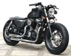 Harley Davidson. Sportster. Fortyeigh