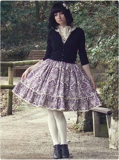 White Tights, Gyaru, Lolita Dress, Lolita Fashion, Skirt Fashion, Lace Skirt, My Style, Classic, Skirts
