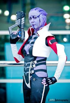 COSPLAY THAT REALLY IMPRESSED US FROM COMIC-CON 2013: Aria T'Loak From Joits Photography.